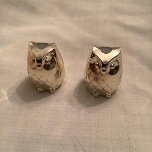 Vintage Japanese owl salt/pepper shakers